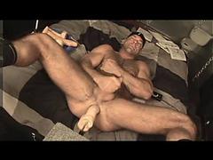 Zak Spears jacks his mancunt